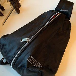 🔹NIKE VERDANA LIMITED Over the shoulder bag